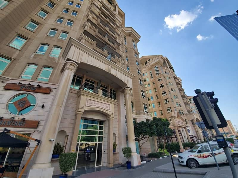COZY 2 BHK in DOWNTOWN near to DUBAI MALL