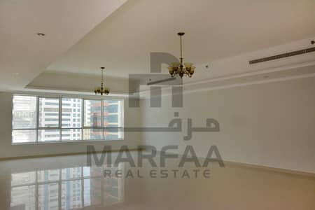 4 Bedroom Flat for Rent in Al Khan, Sharjah - 4 BHK -No Comm-Free A/C - Parking-1Month Free