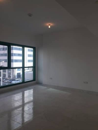 Hot-Offer, Spacious 2 Bedroom with wardrobes available On Al Falah Street in 75k (2/3 cheques)