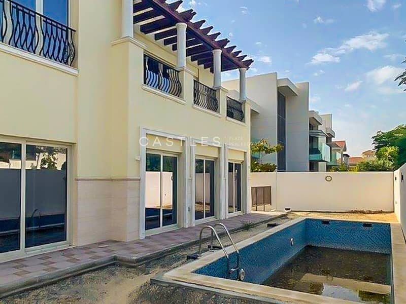 Contemporary Style 4 bed+maids in District One