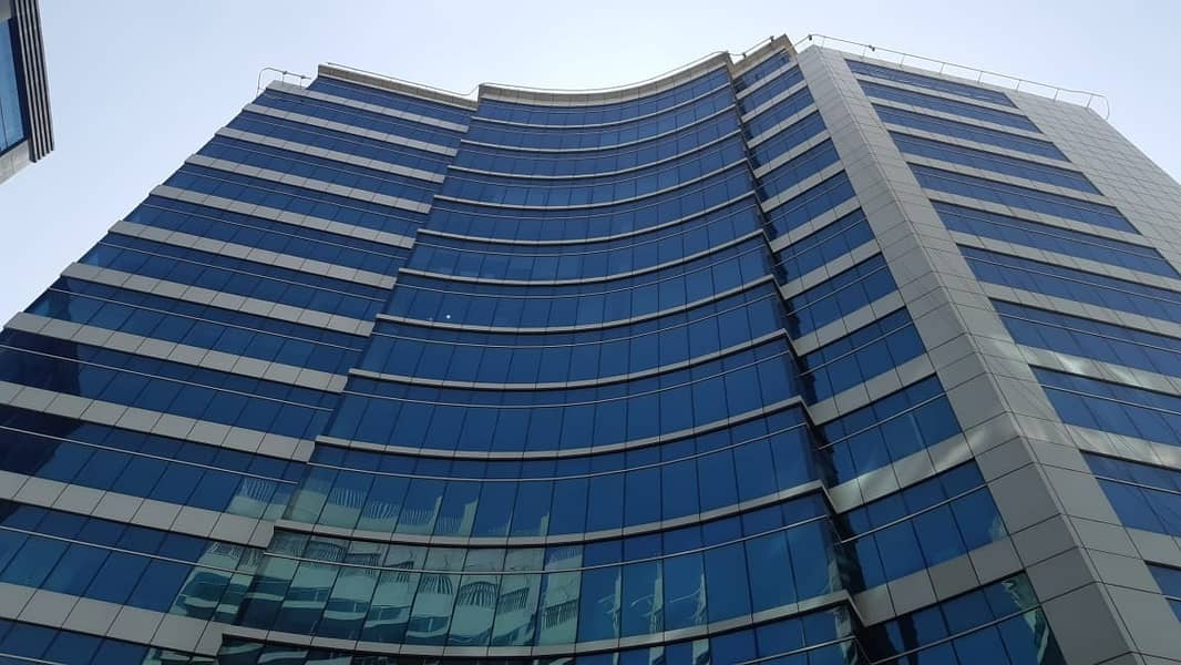 CHILLER FREE! VILLA VIEW SPACIOUS OFFICE FOR SALE