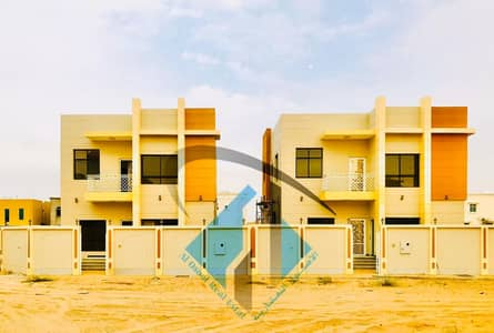 5 Bedroom Villa for Sale in Al Yasmeen, Ajman - For sale villa magnificence in Ajman very excellent finishing the villa has free life and on monthly installments for 25 years with a large banking leniency