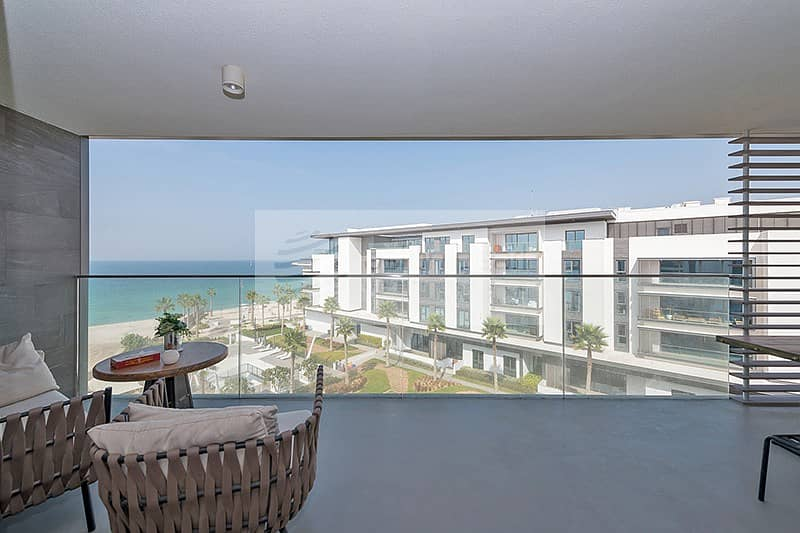 10 3BR + M | Kitchen Equipped | Direct on Beach Front