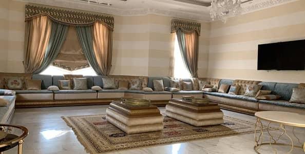 فیلا 6 غرف نوم للبيع في النوف، الشارقة - للبيع فيلا بالنوف 4 تملك حر موقع مميز