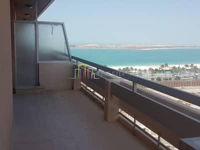 3 Bedroom Penthouse for Rent in Al Khalidiyah, Abu Dhabi - Full Sea View: 3 BR