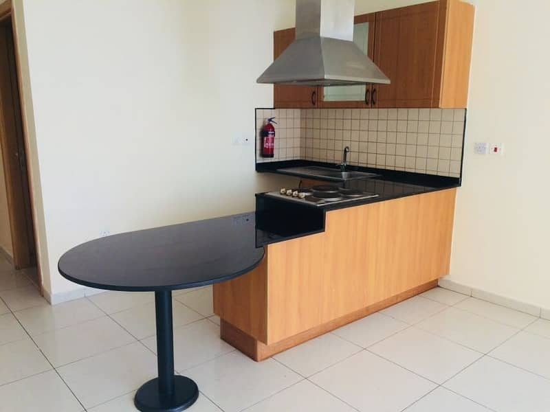 2 Kitchen with cooking Range