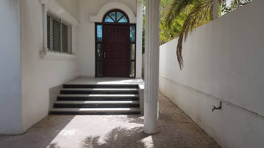 4 Bedroom Villa for Rent in Sharqan, Sharjah - *** TOP DEAL - Luxury 4BHK Villa with garden space available in Sharqan area in lowest price