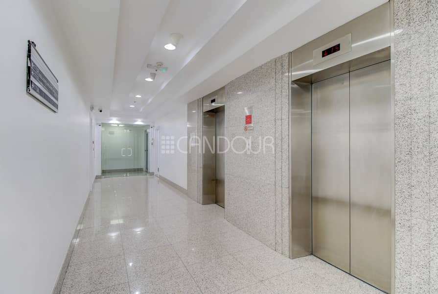 2 Furnished Office Prime Location Next To Metro