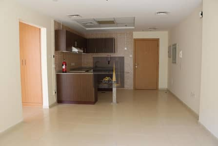 1 Bedroom Flat for Rent in Dubai Residence Complex, Dubai - Chiller Free 1 month Free 32 k 1bhk in dubai land