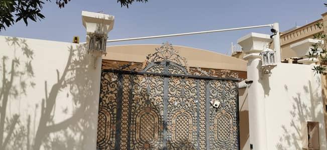 6 Bedroom Villa for Sale in Al Noaf, Sharjah - 3