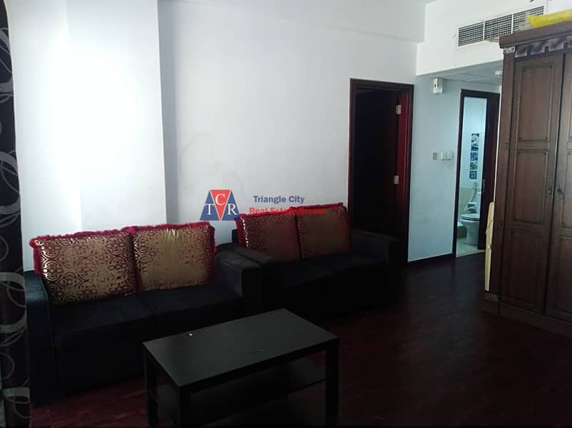 2 Fully Furnished 1 Bedroom With Balcony In England Cluster X-Building.