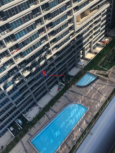 شقة 1 غرفة نوم للايجار في دبي لاند، دبي - شقة في برج سكاي كورتس D أبراج سكاي كورتس دبي لاند 1 غرف 28000 درهم - 4487254