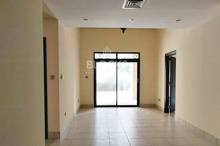 شقة 2 غرفة نوم للايجار في المدينة القديمة، دبي - Best Price| Huge Garden| No Construction