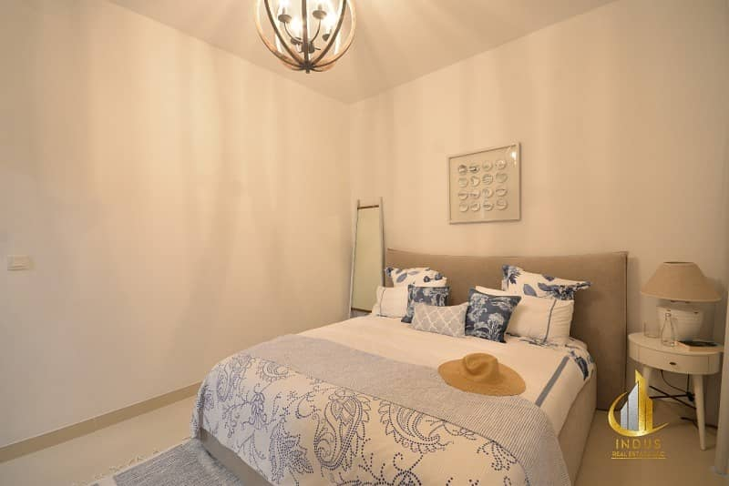45 Bella Casa Serena Biggest Layout on Park and Pool Brand New Unit