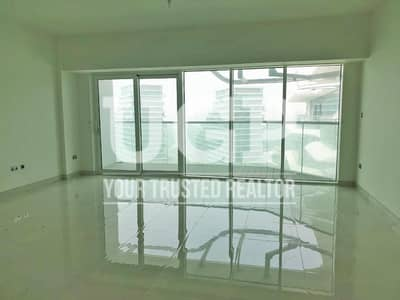Vacant and Ready to Move-In Full Sea View Apt!