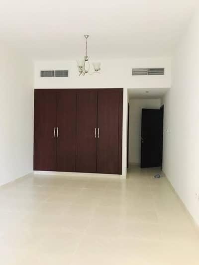 شقة 2 غرفة نوم للايجار في البرشاء، دبي - Bedroom