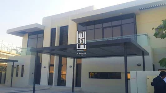 3 Bedroom Villa for Sale in DAMAC Hills (Akoya by DAMAC), Dubai - Luxury villa in Dmac Hills - move in Now and pay as installment