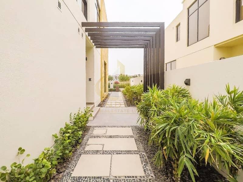 17 Few units left | Luxury Three Bedroom | Just Cavalli Villas