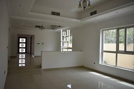 4 Bedroom Villa for Rent in Al Manara, Dubai - Very Spacious 4 Bed Semi Independent villa with garden