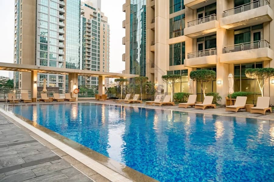 Fully Furnished & Spacious | Vacant | Fountain View | 2BR+2 Balconies