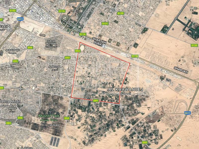 2 120000sqfts land with three palaces in Khawaneej