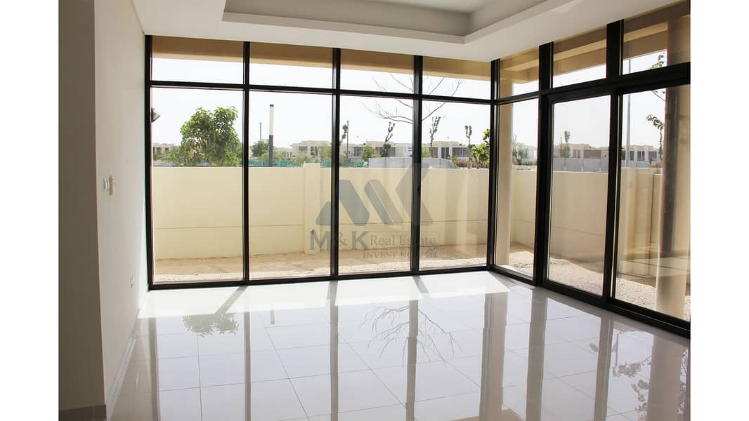 Exclusive Corner Villa with Covered Parking | Golf Park View