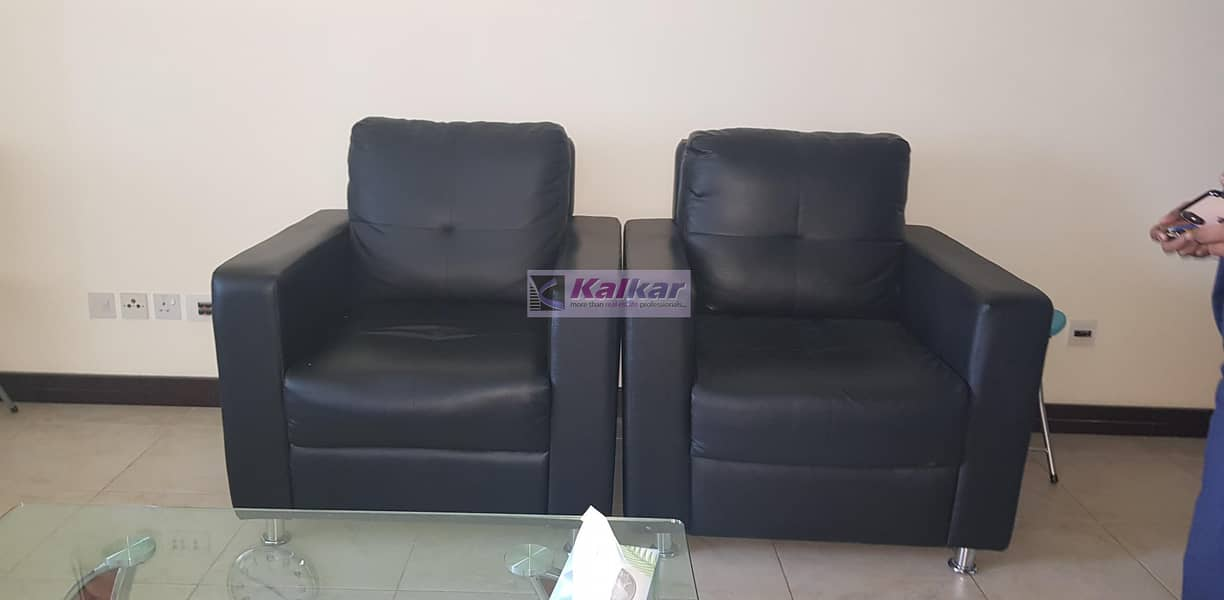 Fully Furnished Studio for Rent in Gold Crest View 1