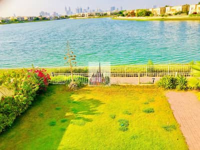 فیلا 3 غرف نوم للايجار في الينابيع، دبي - Exquisite Villa | 3 BR + Study + Maid-room | Type 1E | Full Lake-view