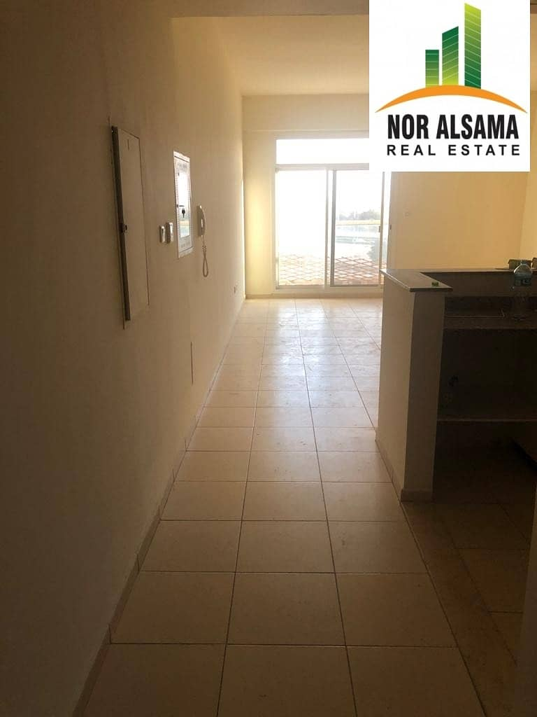 2 Ready To Move Lowest Price-3 bedroom 3 Balconies  Maid's Laundry Store in Queue Point-Liwan