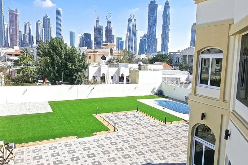2 Vacant On Transfer I Huge Plot Size I 6 BR Villa