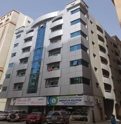 1 Bedroom Hall with Balcony for Rent in King Faisal RD