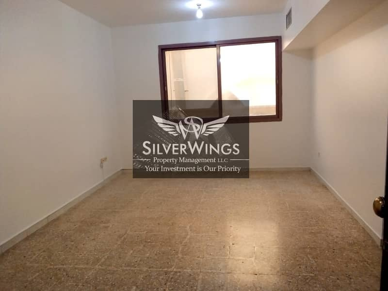 1 BEDROOM WITH VERY EASY PARKING RENT NOW!!! 42