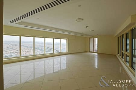 5 Bedroom Penthouse for Sale in Jumeirah Lake Towers (JLT), Dubai - 5 Bedrooms | Private Pool | 5152 Sq. Ft.