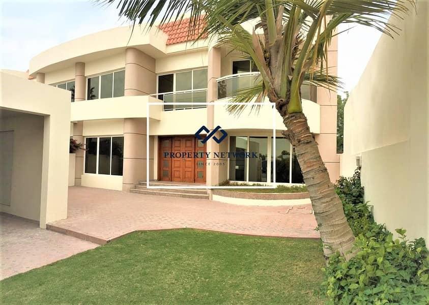 2 Spacious 4 bed with garden Villa in Jumeirah  1
