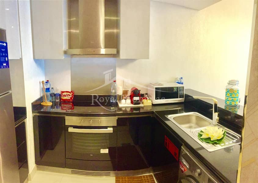 10 THE BEST | 1BR | Golden-upgraded in Damac Heights