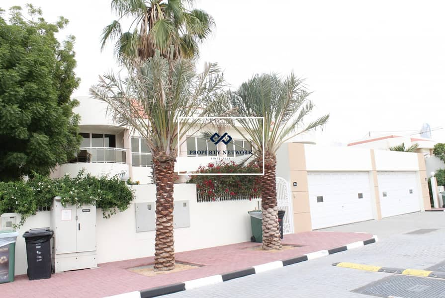 Spacious 4 bed with garden Villa in Jumeirah  1