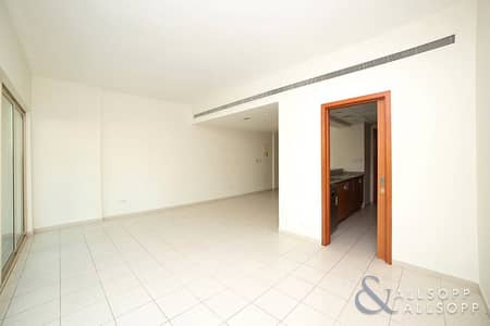 2 Bedroom Flat for Sale in The Greens, Dubai - Courtyard | 2 Bed + Study | Vacant now