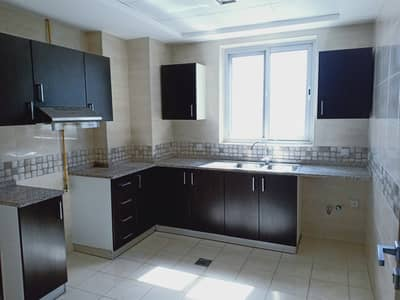 WORLD CLASS FINISHING LUXURY 2 BHK WITH MAID ROOM BOTH MASTER ROOM FRONT OF PARK