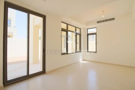 Brand new 3 Bed in private cluster