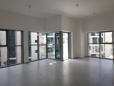 2 Bedroom Apartment for Rent in Al Bateen, Abu Dhabi - Excellent Finishing in Spacious & Affordable Apartment