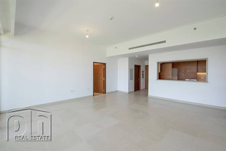 2 3 Bed Plus maid with Full Golf Course Views