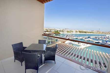 Studio for Rent in Palm Jumeirah, Dubai - Furnished | Studio | With Marina Views