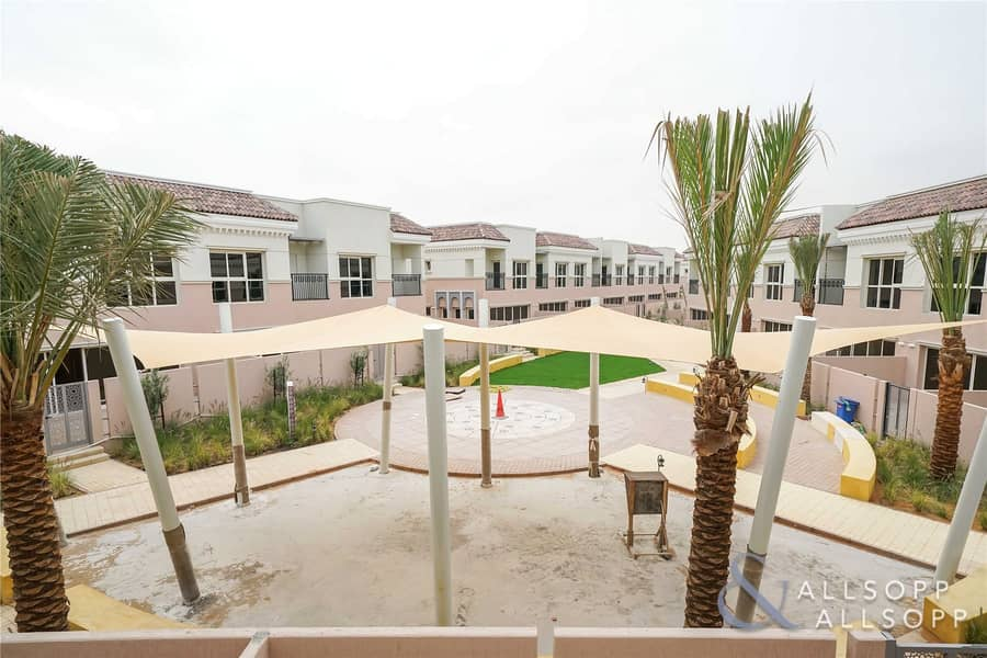 Plaza Backing | 2 Bed Plus Maids | Vacant