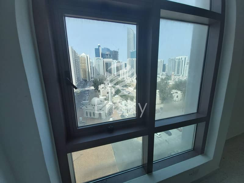 4BHK with Maid Room Spacious Rooms|Cheap Price