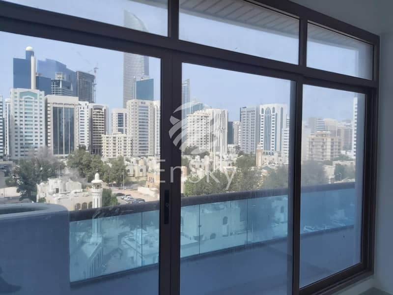 2 4BHK with Maid Room Spacious Rooms|Cheap Price