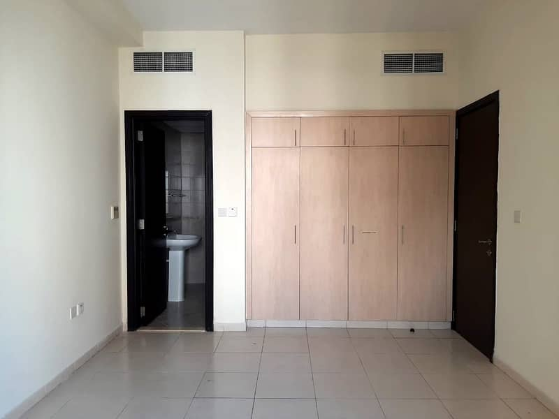 2 1 BHK WITH HUGE BALCONY FOR RENT IN CBD 20