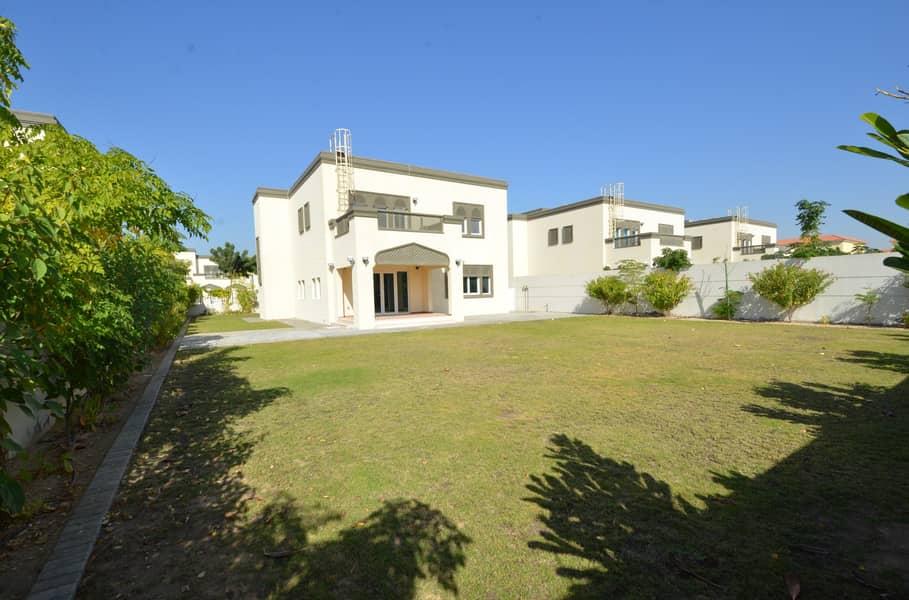 9 Exclusive  Villa Regional Type in District 6