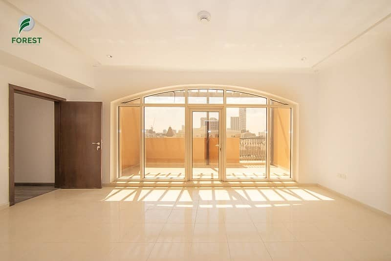 Best Investment | 3BR Beautiful Duplex | Vacant