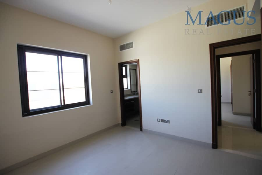 11 Brand New | Hot Price | Near to Park & Pool | Casa