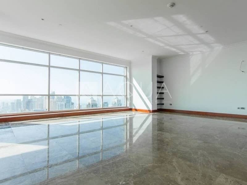 Immaculate Penthouse | Great Location | Superb Views